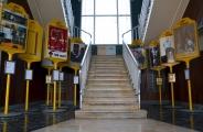 <h5>Fermata provvisoria - 14 Paline d'Artista</h5><p>Allestimento, Salone del Libro 2002 -  CCIA e GTT</p>